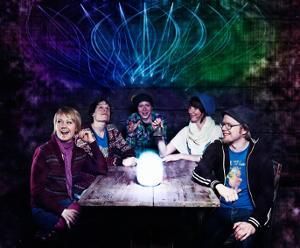 70vierailijaa 2010