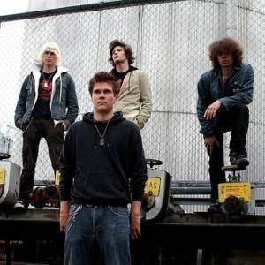 Voltage 2006